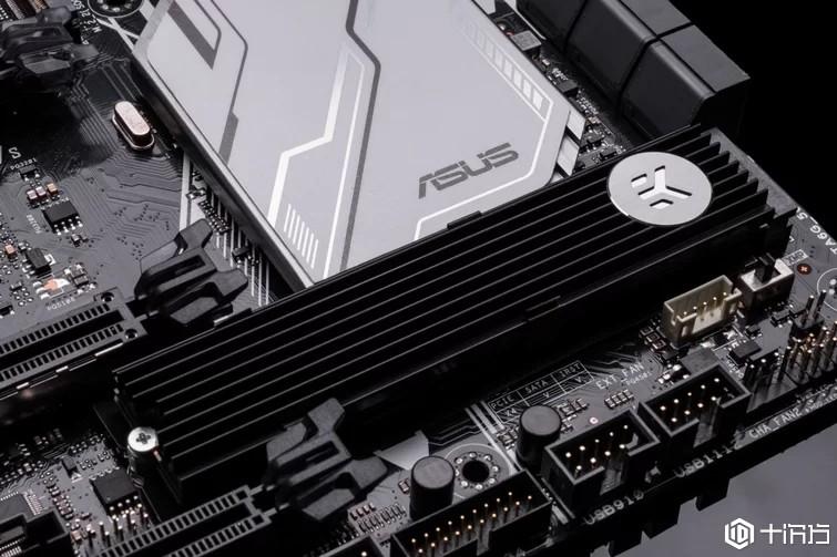 EK Water Blocks为Intel Optane 905P M.2 SSD发布无源散热器